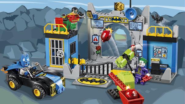 LEGO Juniors - Batman : L'attaque de la Batcave